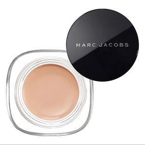 NIB MARC JACOBS Remarcable Concealer